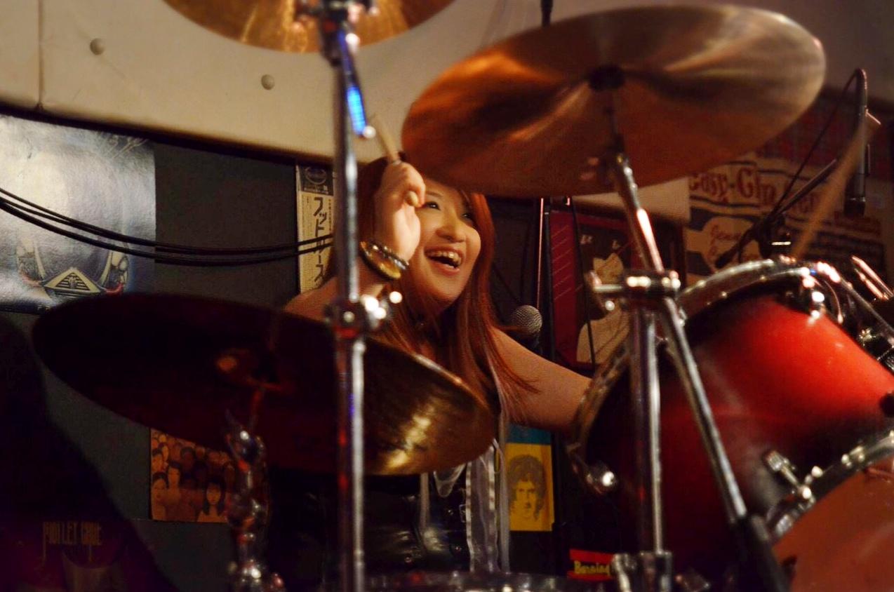 楽しく叩こう!「ドラム教室」