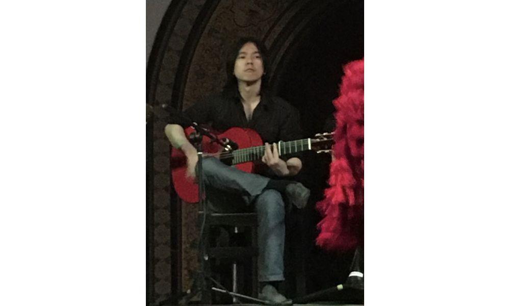楽しく上達するギター教室